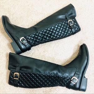 White Mountain Black Boots Size 7.5